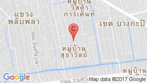 124 Privacy Condominium location map